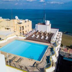 Flamingo Beach Hotel Roof Pool
